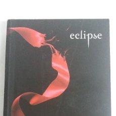 Libros de segunda mano: ECLIPSE. STEPHENIE MEYER. SAGA CREPÚSCULO.. Lote 128750743