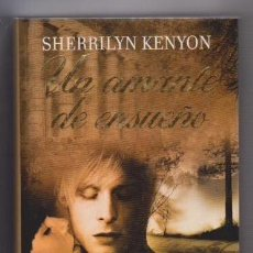 Libros de segunda mano: SHERRILYN KENYON - UN AMANTE DE ENSUEÑO - RBA 2010 - NOVELA ROMANTICA / VAMPIROS. Lote 131182616