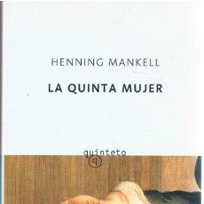 Libros de segunda mano: LA QUINTA MUJER DOS FOTOGRAFÍAS ((COMO NUEVO)). Lote 140036314