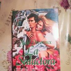Libros de segunda mano: LA SEDUCTORA - JUDE DEVERAUX. Lote 140159002