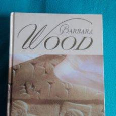 Libros de segunda mano: LA ESTRELLA DE BABILONIA (BÁRBARA WOOD). Lote 140573798
