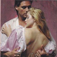 Libros de segunda mano: JULIE GARWOOD - CASTILLOS - RANDOM HOUSE 2005. Lote 148130446
