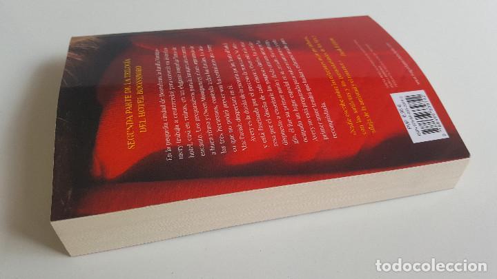 Libros de segunda mano: NORA ROBERTS - EL PRIMER Y ÚLTIMO AMOR - Foto 2 - 169081400
