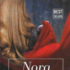 Libros de segunda mano: NORA ROBERTS-BRUJA OSCURA.PENGUIN RANDOM HOUSE.2017.. Lote 170033308
