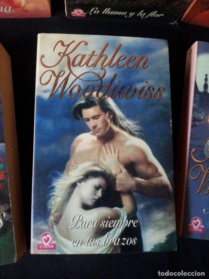 Libros de segunda mano: KATHLEEN WOODIWISS - LOTE DE 9 LIBROS - COLECCION CISNE - Foto 3 - 172732007