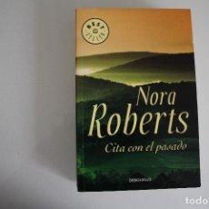 Libros de segunda mano: NORA ROBERTS. Lote 182201775