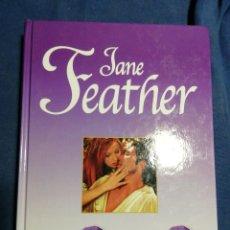 Libros de segunda mano: LA LISTA DE SOLTEROS. JANE FEATHER. TAPA DURA. Lote 183870117