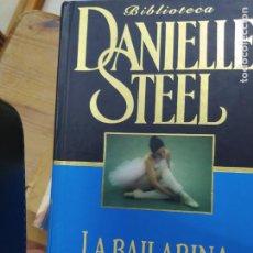 Libros de segunda mano: DESTINOS ERRANTES, DANIELLE STEEL. L.1405-824. Lote 212757666