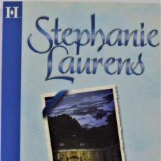 Libros de segunda mano: STEPHANIE LAURENS - CUATRO BODAS POR AMOR - Nº 9 HARLEQUIN 2005 - TAMAÑO BOLSILLO - TAPA BLANDA. Lote 214040695