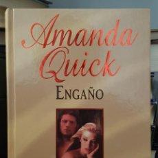 Libros de segunda mano: ENGAÑO - AMANDA QUICK. Lote 214606983