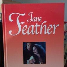Libros de segunda mano: EL ZAPATITO DE CRISTAL - JANE FEATHER. Lote 214751958