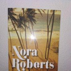 Libros de segunda mano: DESEO Y VENGANZA - NORA ROBERTS. TAPA BLANDA. Lote 218197597