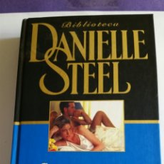 """Libros de segunda mano: NOVELA / """" CUANDO LATE EL CORAZON """" / DE DANIELLE STEEL - 2001. Lote 223927696"""