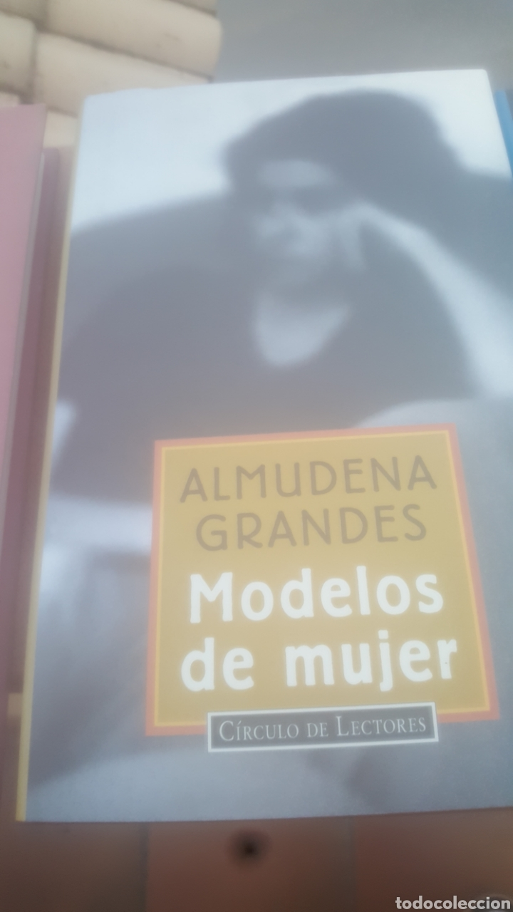 MODELIS DE MUJER ALMUDENA GRANDES (Libros de Segunda Mano (posteriores a 1936) - Literatura - Narrativa - Novela Romántica)