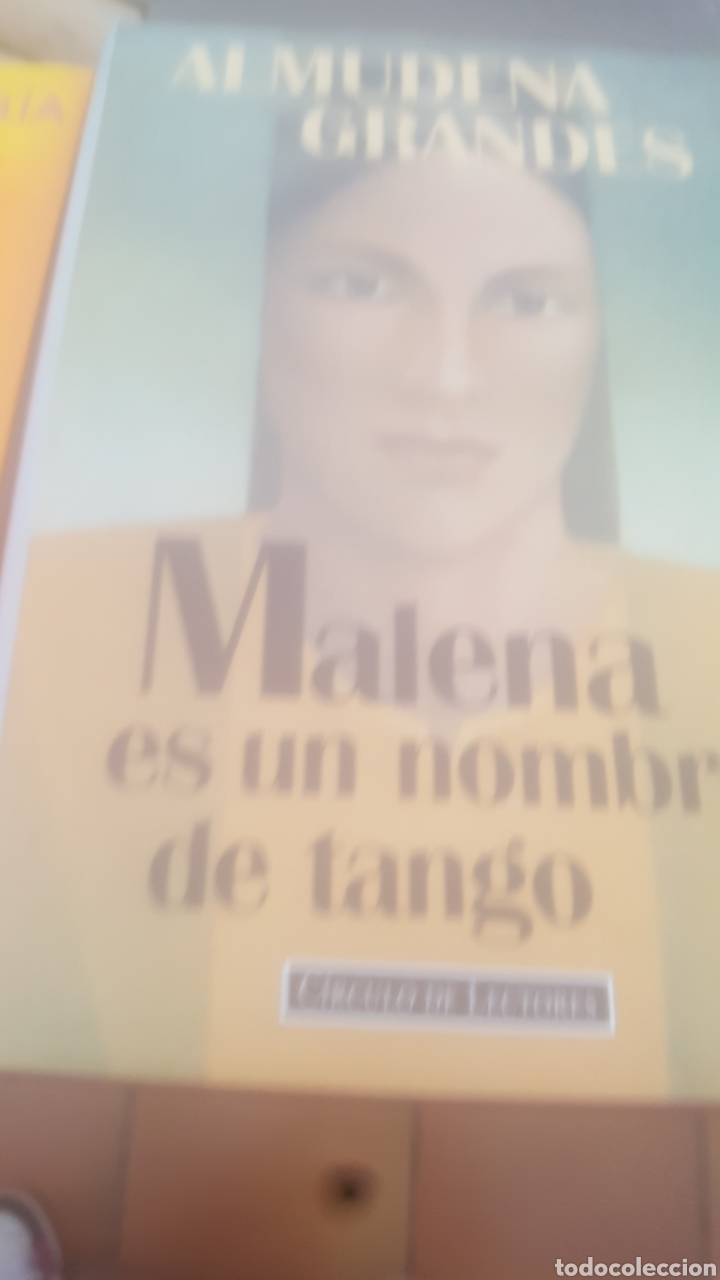 MALENA ES UN NOMBRE DE TANGO (Libros de Segunda Mano (posteriores a 1936) - Literatura - Narrativa - Novela Romántica)