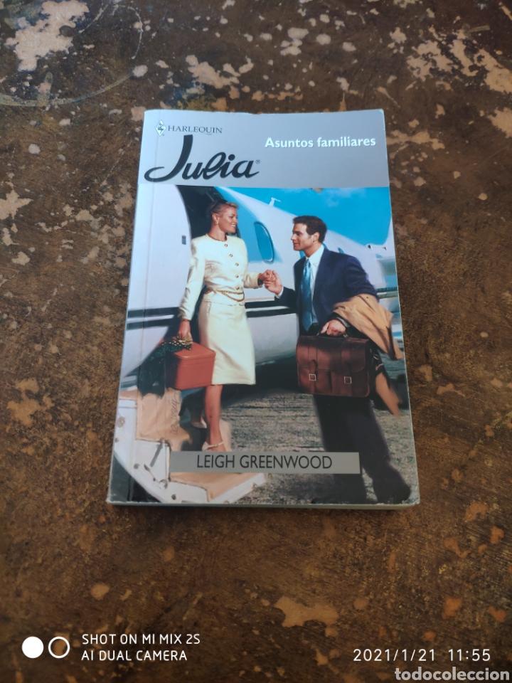 HARLEQUIN JULIA N° 6-1: ASUNTOS FAMILIARES (LEIGH GREENWOOD) (Libros de Segunda Mano (posteriores a 1936) - Literatura - Narrativa - Novela Romántica)