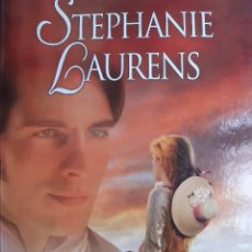 Libros de segunda mano: SOMBRAS AL AMANECER LAURENS STEPHANIE VERGARA 1 EDICION 2007. Lote 240547470