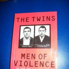 Libros de segunda mano: THE TWINS - MEN OF VIOLENCE - KATE KRAY - EN INGLES - FOTOS EN BLANCO Y NEGRO - 2002. Lote 29175923