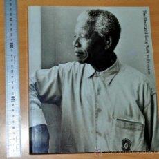 Libros de segunda mano: LIBRO EN INGLÉS: EL LARGO CAMINO A LA LIBERTAD ILUSTRADO - AUTOBIOGRAFÍA DE NELSON MANDELA - 2001. Lote 33754592