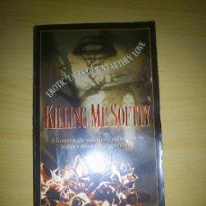 Libros de segunda mano: KILLING ME SOFTLY - EROTIC TALES OF UNEARTHLY LOVE - VARIOS AUTORES - ED. HARPER PRISM - 420 PAGINAS. Lote 34140516