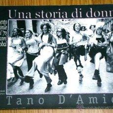 Libros de segunda mano: UNA STORIA DI DONNE POR TANO D'AMICO DE EDIZIONI INTRA MOENIA EN NAPOLI 2003 (ITALIANO). Lote 42705961
