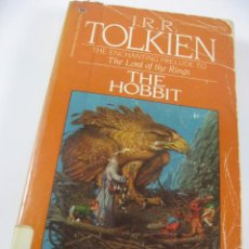 Libros de segunda mano: NOVELA THE HOBBIT J.R.R. TOLKIEN EN INGLES. (THE LORD OF THE RINGS). Lote 42916105