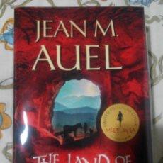 Libros de segunda mano: JEAN M. AUEL THE LAND OF PAINTED CAVES LIMITED EDITION TAMAÑO GRANDE PRECIO PORTADA 26€ NUEVO. Lote 54355938