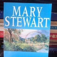 Libros de segunda mano: MARY STEWART - THORNYHOLD - EN INGLES TOTALMENTE --REFM1E4. Lote 58086807