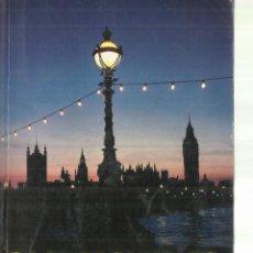 Libros de segunda mano: VACKGROUND TO BRITAIN. MUNRO MADCKENZIE. LONDON. 1989. Lote 64655291