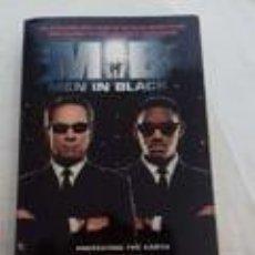 Libros de segunda mano: MIB -MEIN IN BLACK -STEVE PERRY-BANTAM BOOKS-EN INGLES-. Lote 76187587