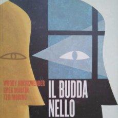 Libros de segunda mano: IL BUDDA NELLO SPECCHIO. PRÓLOGO DE HERBIE HANCOCK. BUDISMO. LIBRO EN ITALIANO BUDA. Lote 95605483