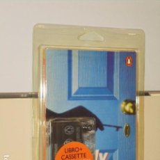Libros de segunda mano: SIMPLY SUSPENSE PENGUIN READERS LEVEL 2 LIBRO MAS CASSETTE. Lote 98646335