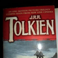 Libros de segunda mano: THE LORD OF THE RINGS, PART TWO, TOLKIEN, EM INGLÉS. Lote 111761251