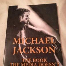 Libros de segunda mano: MICHAEL JACKSON, POR SHAWN HENNING, EN INGLÉS, 2009, ISBN 9781449030148. Lote 115708963
