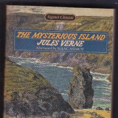 Libros de segunda mano: JULES VERNE - THE MYSTERIOUS ISLAND - SIGNET CLASSIC PAPERBACK 1986. Lote 126144391