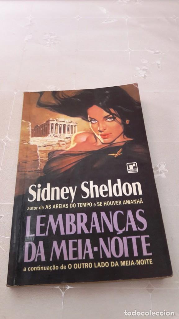 LEMBRANÇAS DA MEIA-NOITE (RECUERDOS DE MEDIA NOCHE). EN LENGUA PORTUGUESA - SIDNEY SHELDON (Libros de Segunda Mano - Otros Idiomas)