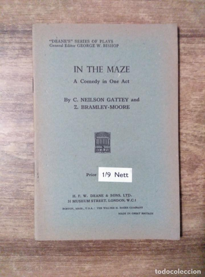 Libros de segunda mano: mff.- in the maze by neilson gattey and bramley-moore.- h. f. w. deane & sons ltd.- 1953.-30 pag - Foto 1 - 147759942