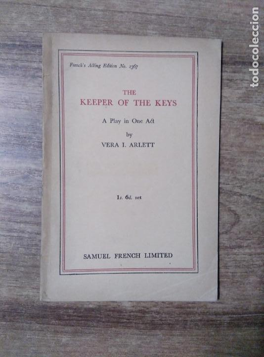MFF.- THE KEEPER OF THE KEYS BY VERA I. ARLETT.- SAMUEL FRENCH LTD.- 1939.- 24 PAGINAS.- (Libros de Segunda Mano - Otros Idiomas)