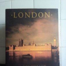 Libros de segunda mano: LONDON A CITY REVEALED – AA PUBLISHING. Lote 149980338