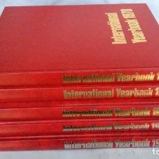 Libros de segunda mano: INTERNATIONAL VEARBOOK 1978 1979 1980 1981 1982 5 LIBROS VER FOTOS. Lote 152220174