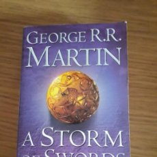 Libros de segunda mano: A STORM OF SWORDS. 2. BLOOD AND GOLD GEORGE MARTIN. Lote 155667378