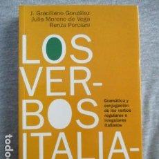 Libros de segunda mano: LOS VERBOS ITALIANOS - J. GRACILIANO GONZALEZ - EXCELENTE ESTADO.. Lote 156758818