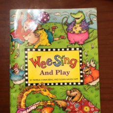 Libros de segunda mano: WEESING AND PLAY. Lote 160379430