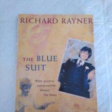 Libros de segunda mano: THE BLUE SUIT. LIBRO. Lote 166901716