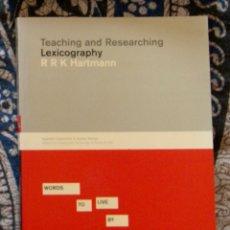 Libros de segunda mano: TEACHING AND RESEARCHING LEXICOGRAPHY RR K HARTMANN . Lote 172779250