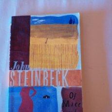Libros de segunda mano: OF MICE AND MEN JOHN STEINBECK PENGUIN BOOKS 2000 ISBN 0140292918. Lote 172944585