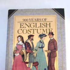 Libros de segunda mano: 900 YEARS OF ENGLISH COSTUME NANCY BRADFIELD EN INGLÉS CRESCENT BOOKS 1987 MODA DISEÑO ROPA. Lote 174553365