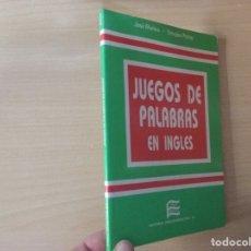 Libros de segunda mano: JUEGO DE PALABRAS EN INGLÉS. Lote 177697448