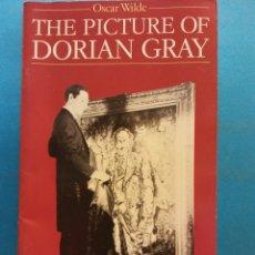 Libros de segunda mano: THE PICTURE OF DORIAN GRAY. OSCAR WILDE. NELSON READERS. Lote 180463840
