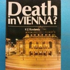 Libros de segunda mano: DEATH IN VIENNA? K E ROWLANDS. NELSON READERS. Lote 180464422